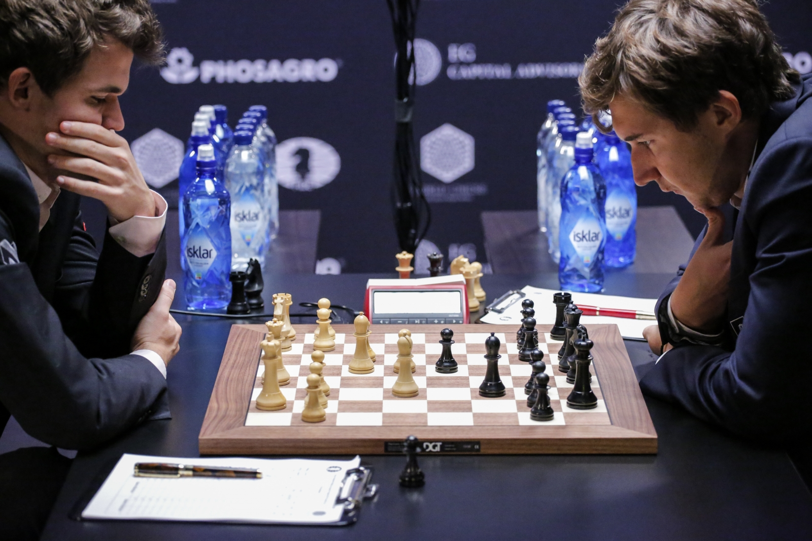 Carlsen vs Karjakin World Chess Championship