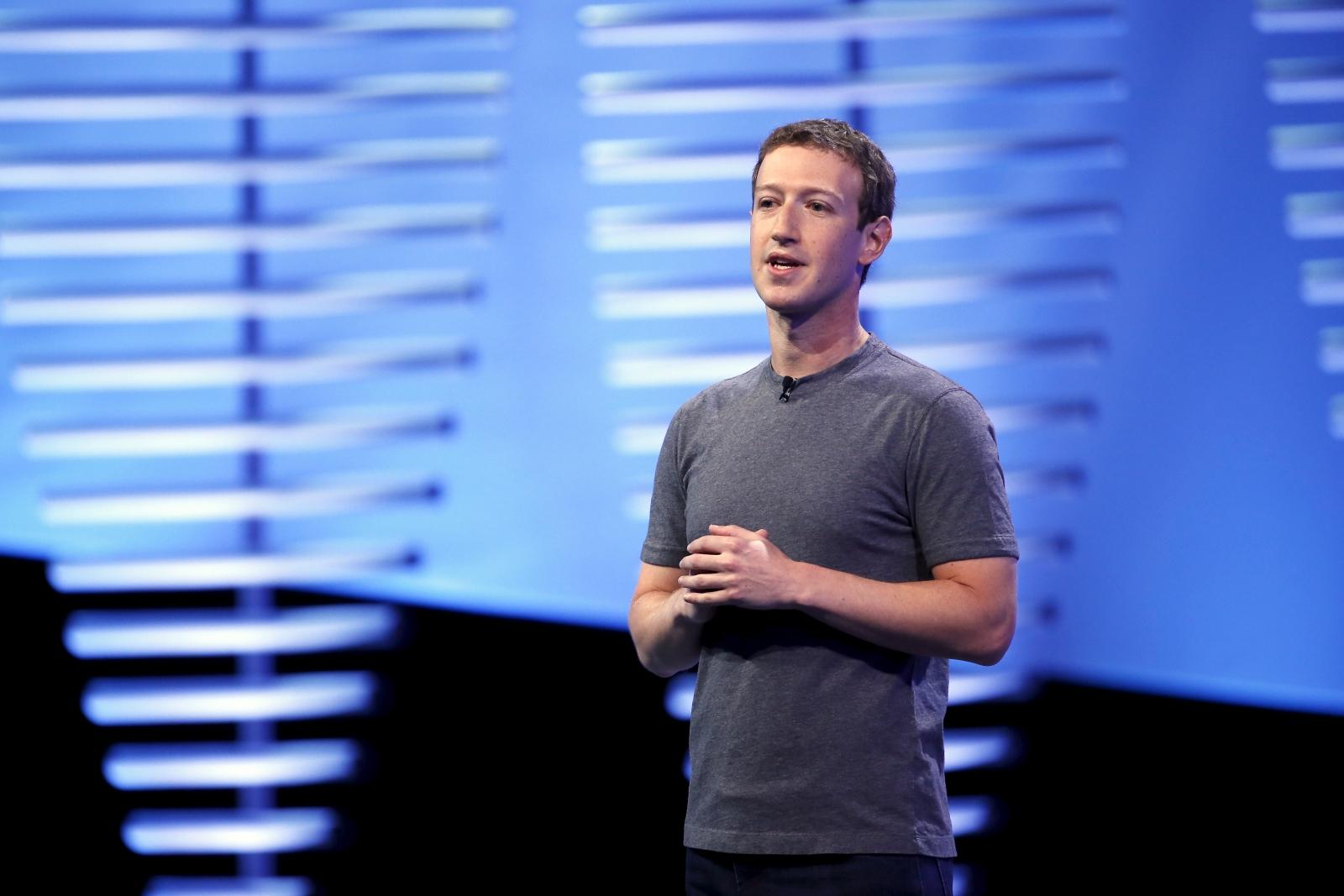 Facebook accidentally deletes Mark Zuckerberg's posts on fake news controversy