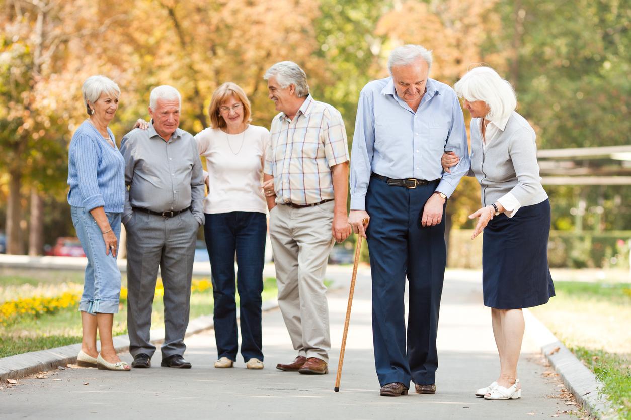 Wolk belt airbag elderly