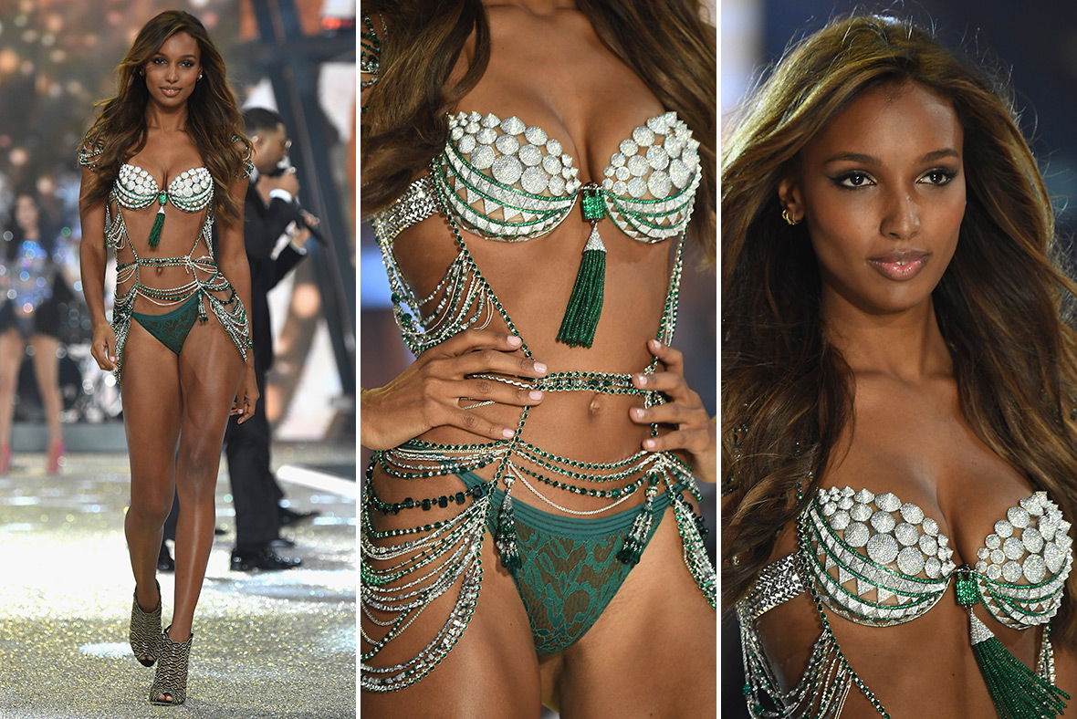 Victoria S Secret Fashion Show 2016 Photos The Angels The Wings The Lingerie And The 3m