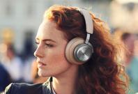 B&O Beoplay H9 wireless headphones