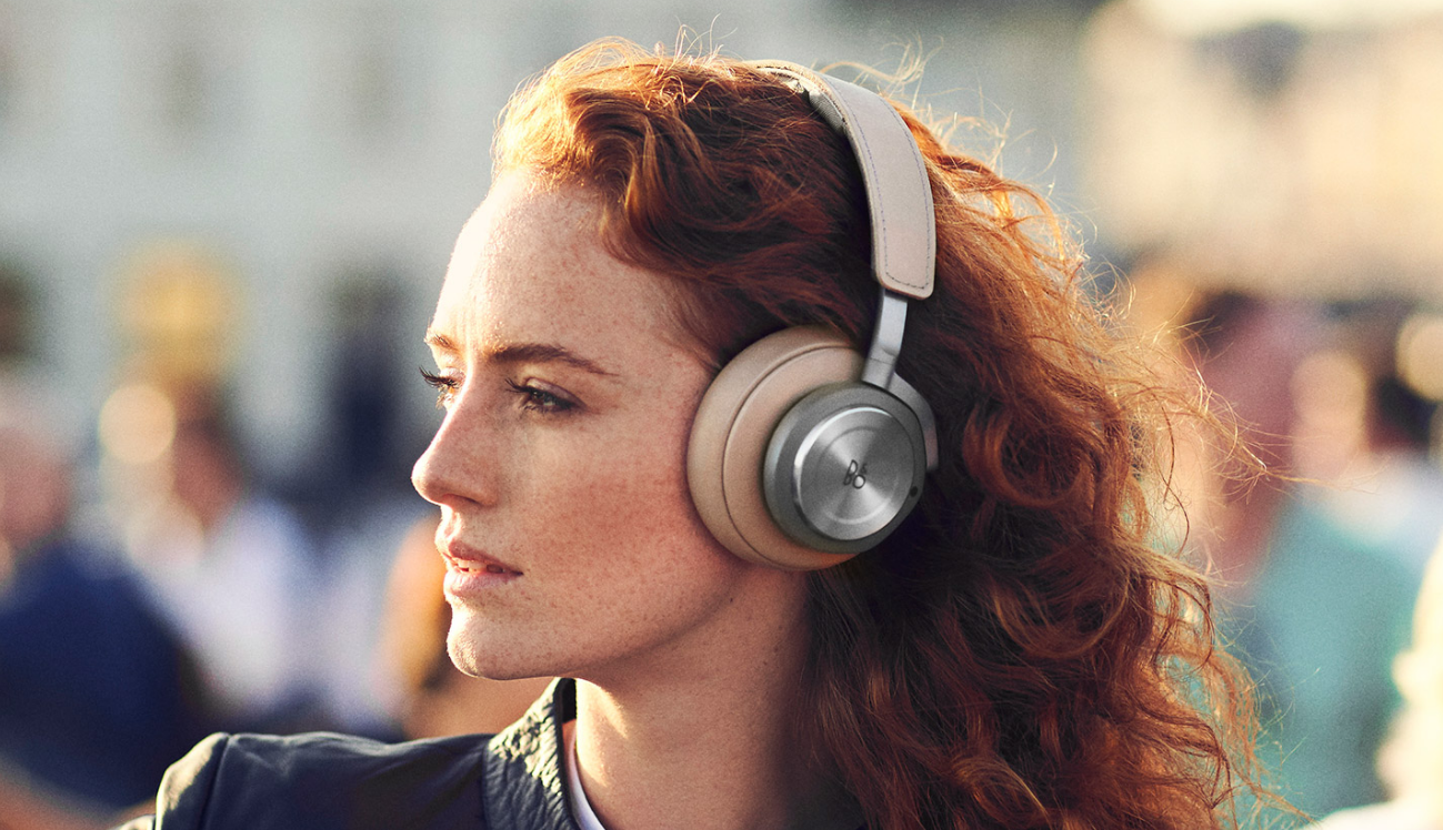 B&O Beoplay H9 wireless headphones