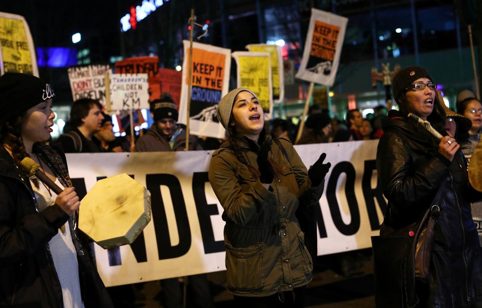 Vancouver protests Kinder Morgan pipeline