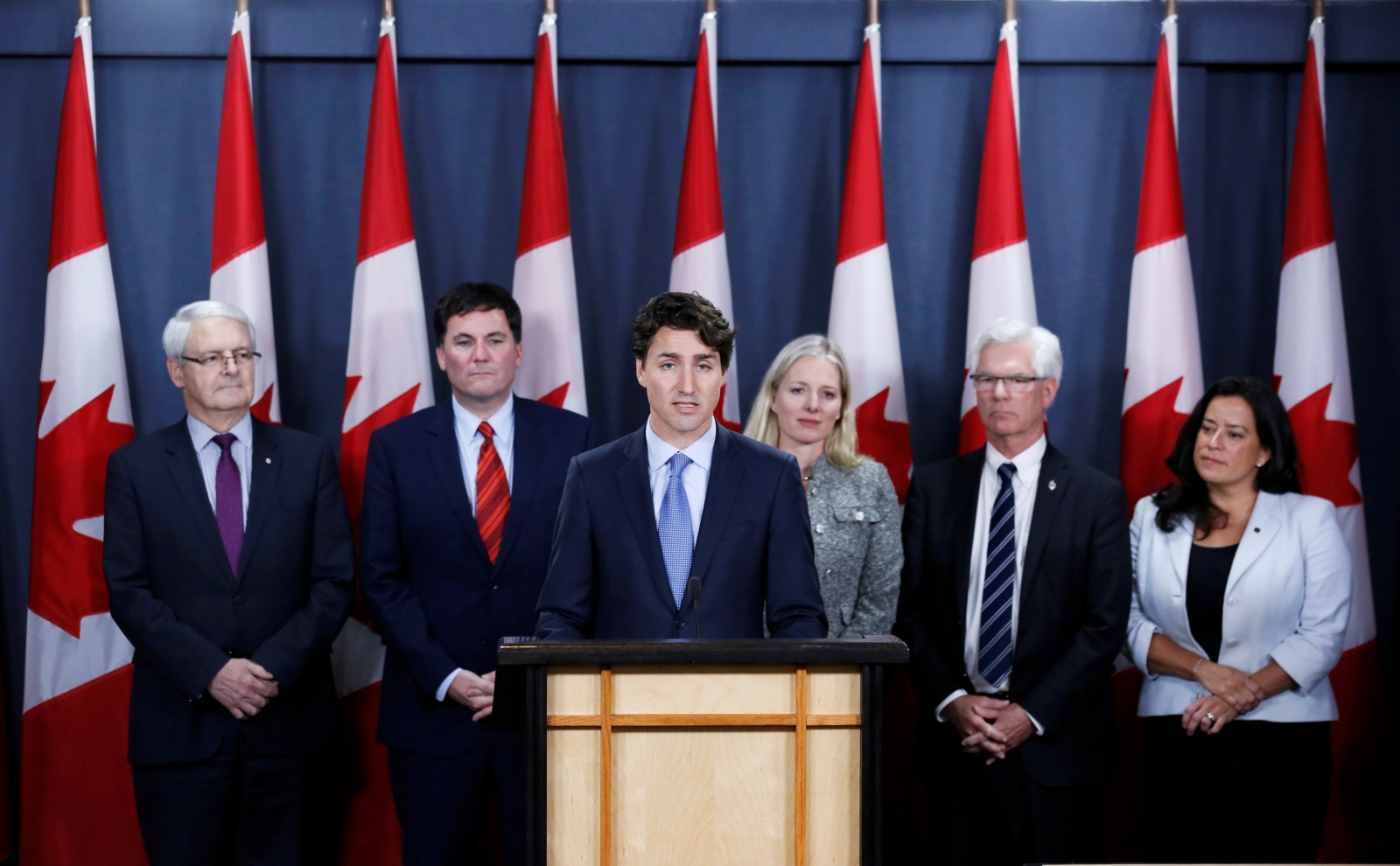 Justin Trudeau approves Kinder Morgan Pipeline