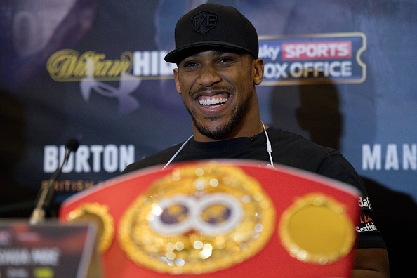 Anthony Joshua dismisses Tyson Fury's ridicule of heavyweight division