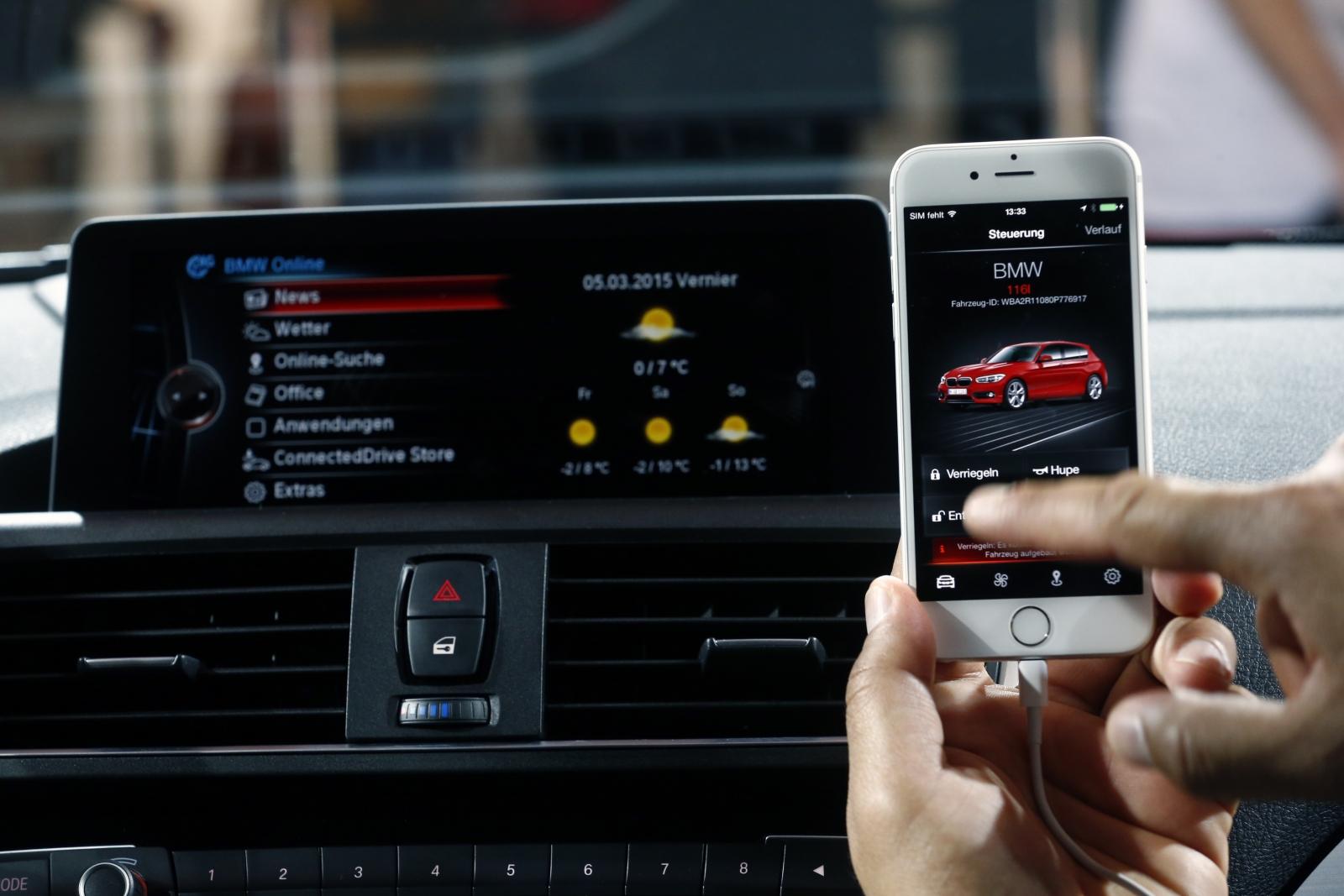 BMW remote lock car thief