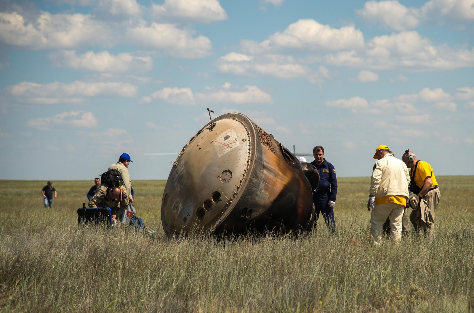 russian spacecraft soyuz - photo #32