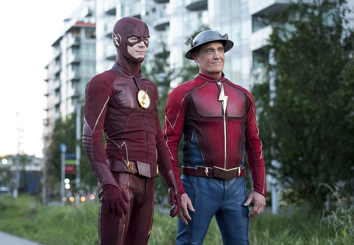 Flash season 3 episode 9