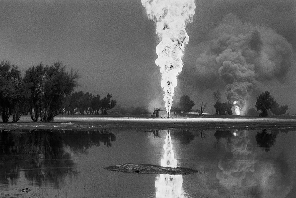 Kuwait A Desert on Fire