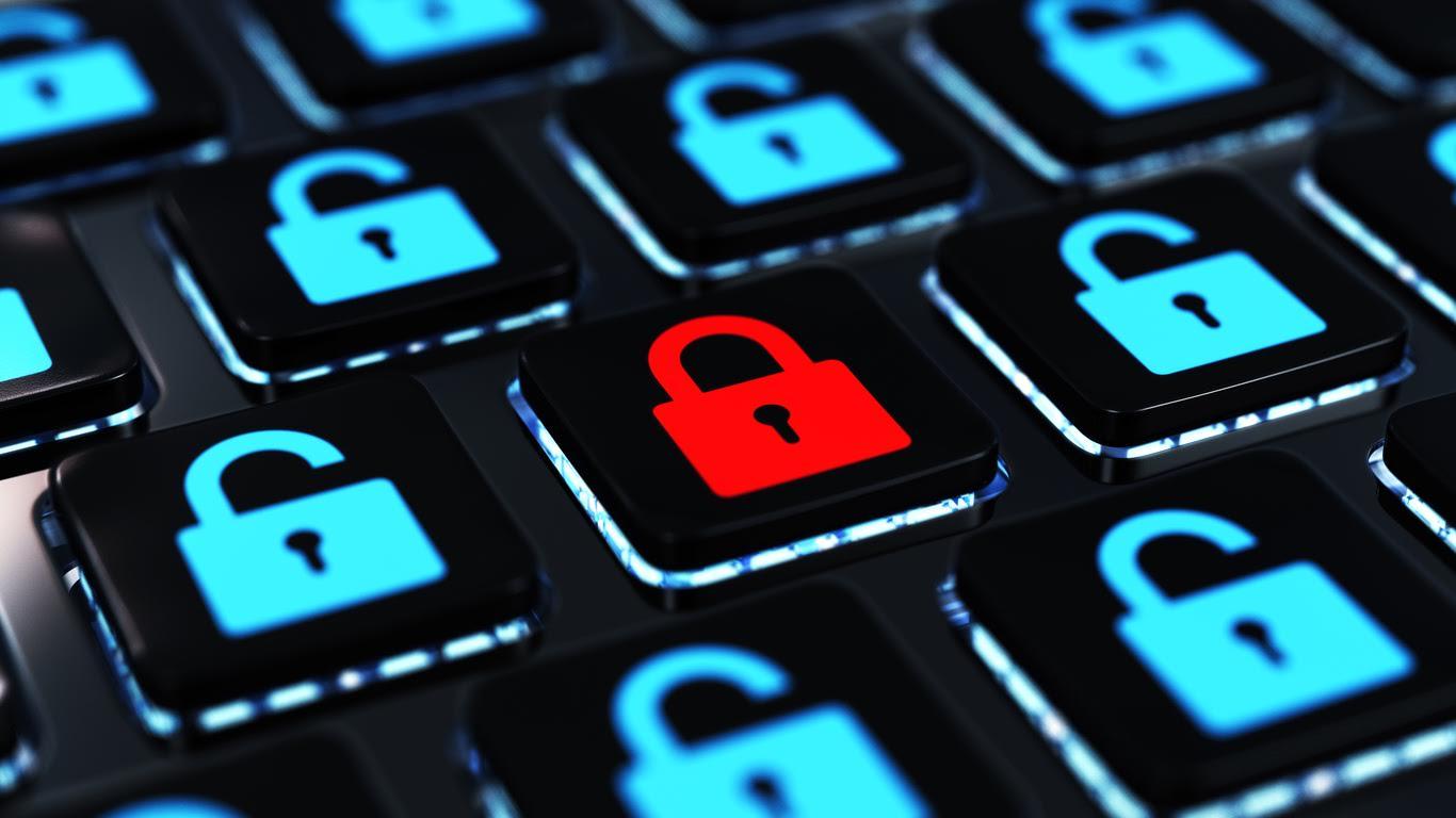 Hacking Lock on a Keyboard