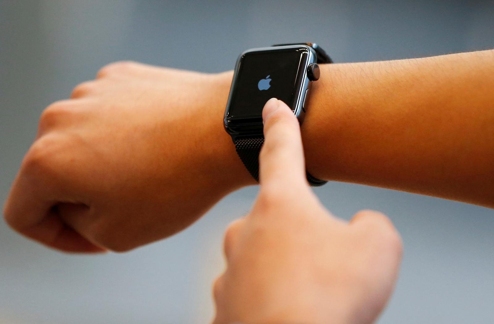Apple Watch smartwatch sales figures