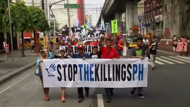 Filipino activists protest against Duterte's drug war killings