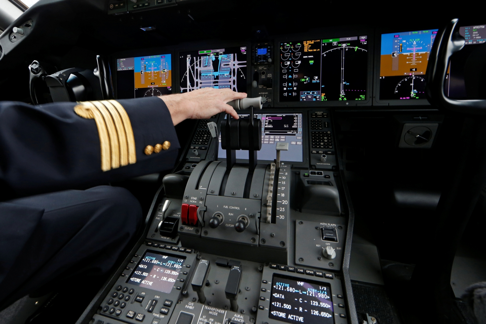 Cockpit of a Boeing 787-9 Dreamliner jet