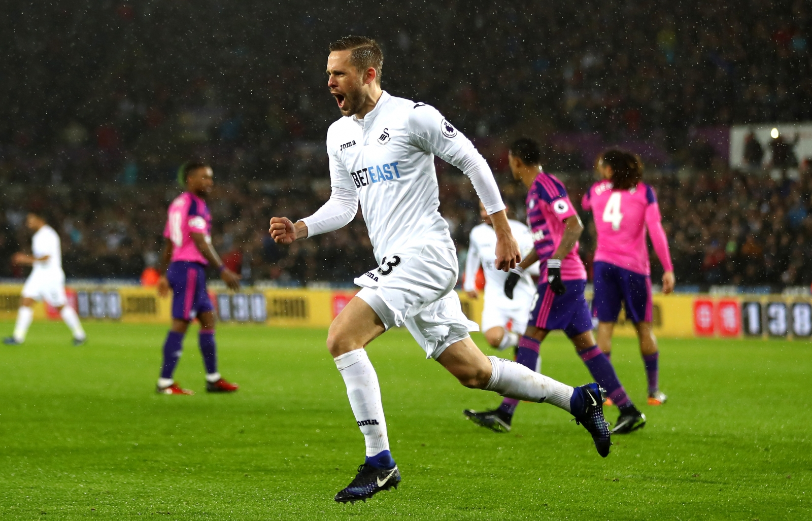 Clement wants Sigurdsson situation resolved this week