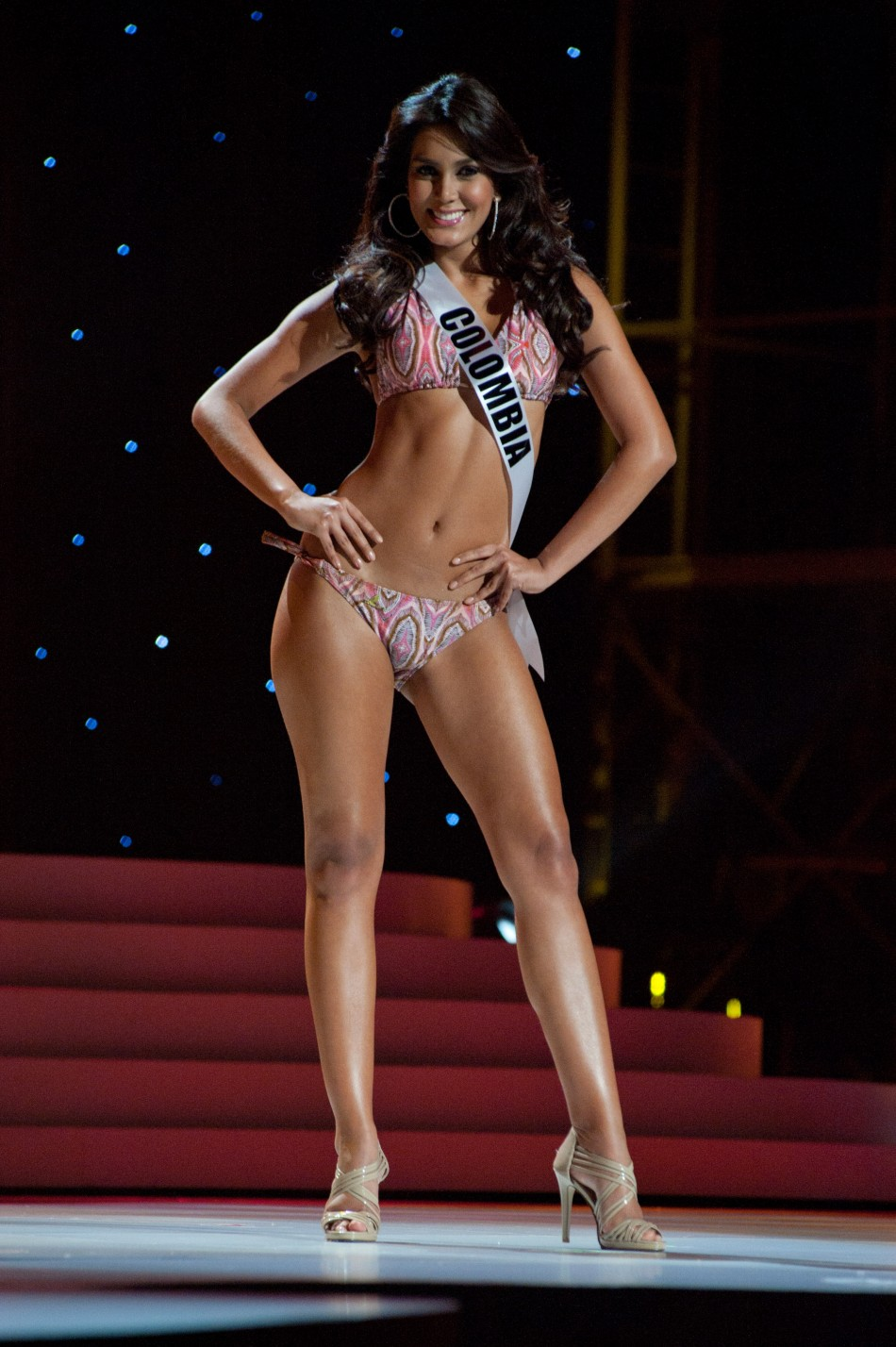 Bikini Photos: Miss Universe 2011, world beauties in sizzling hot swimwear.
