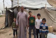 al-Kasnzan displacement camp