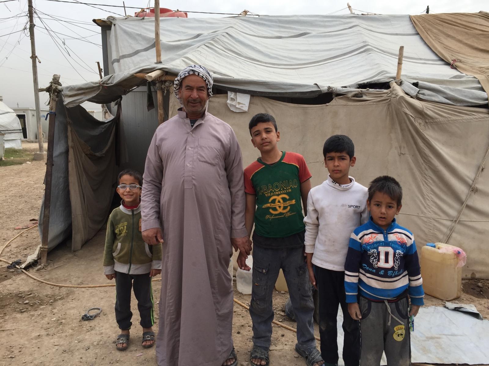 al-Kasnzan displacement camp