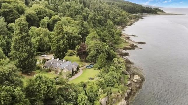 Cool Scotland Property Hideaway Homes For Sale On Zoopla Download Free Architecture Designs Scobabritishbridgeorg