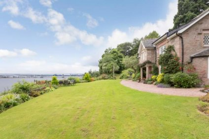 Scotland property homes Zoopla hideaways sale