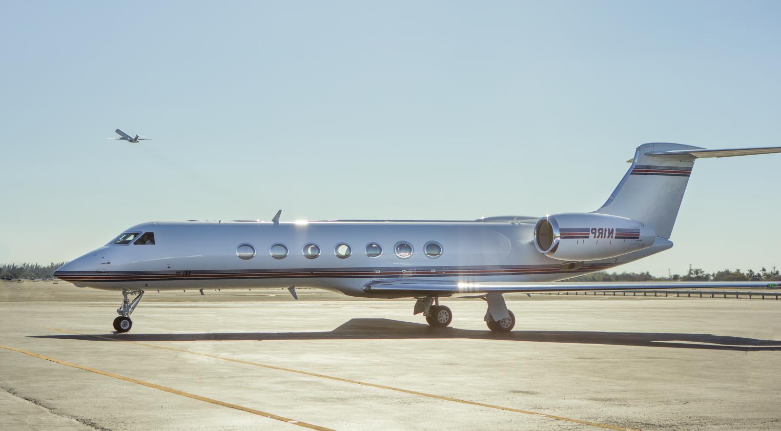JetSmarter CEO on flying unicorns