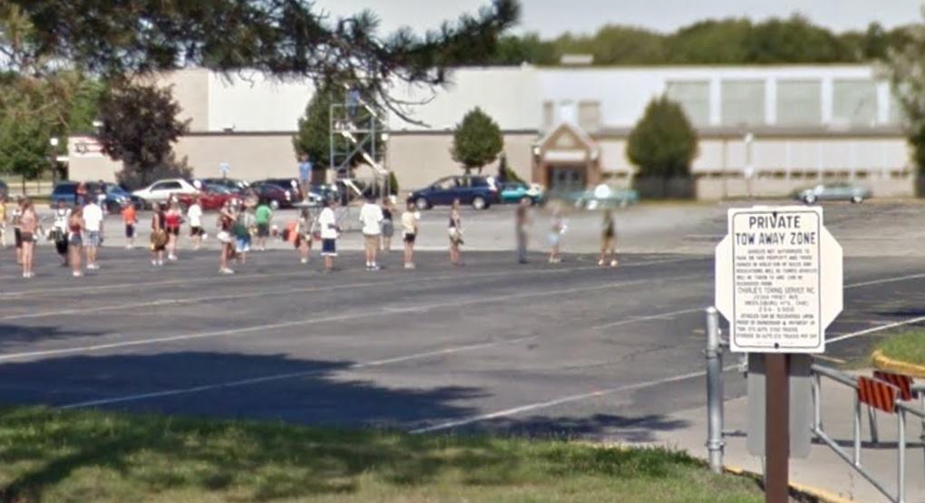 Ohio Teacher Daniel Rapp Warned After Setting Nude Selfie -1060