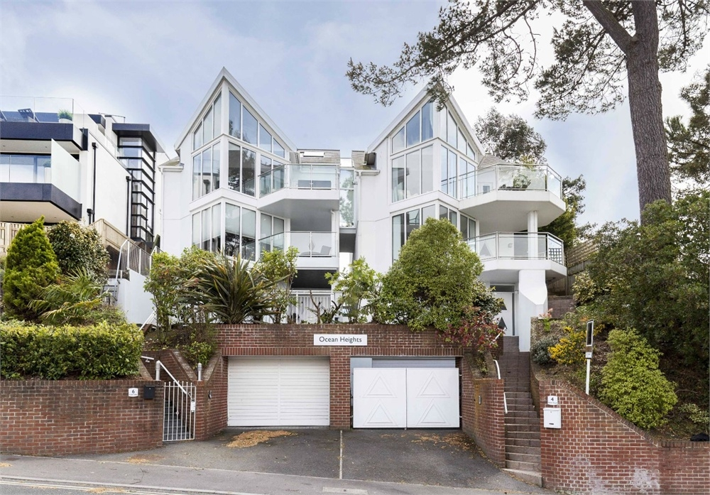 Uk Property Coastal Homes For Sale On Zoopla