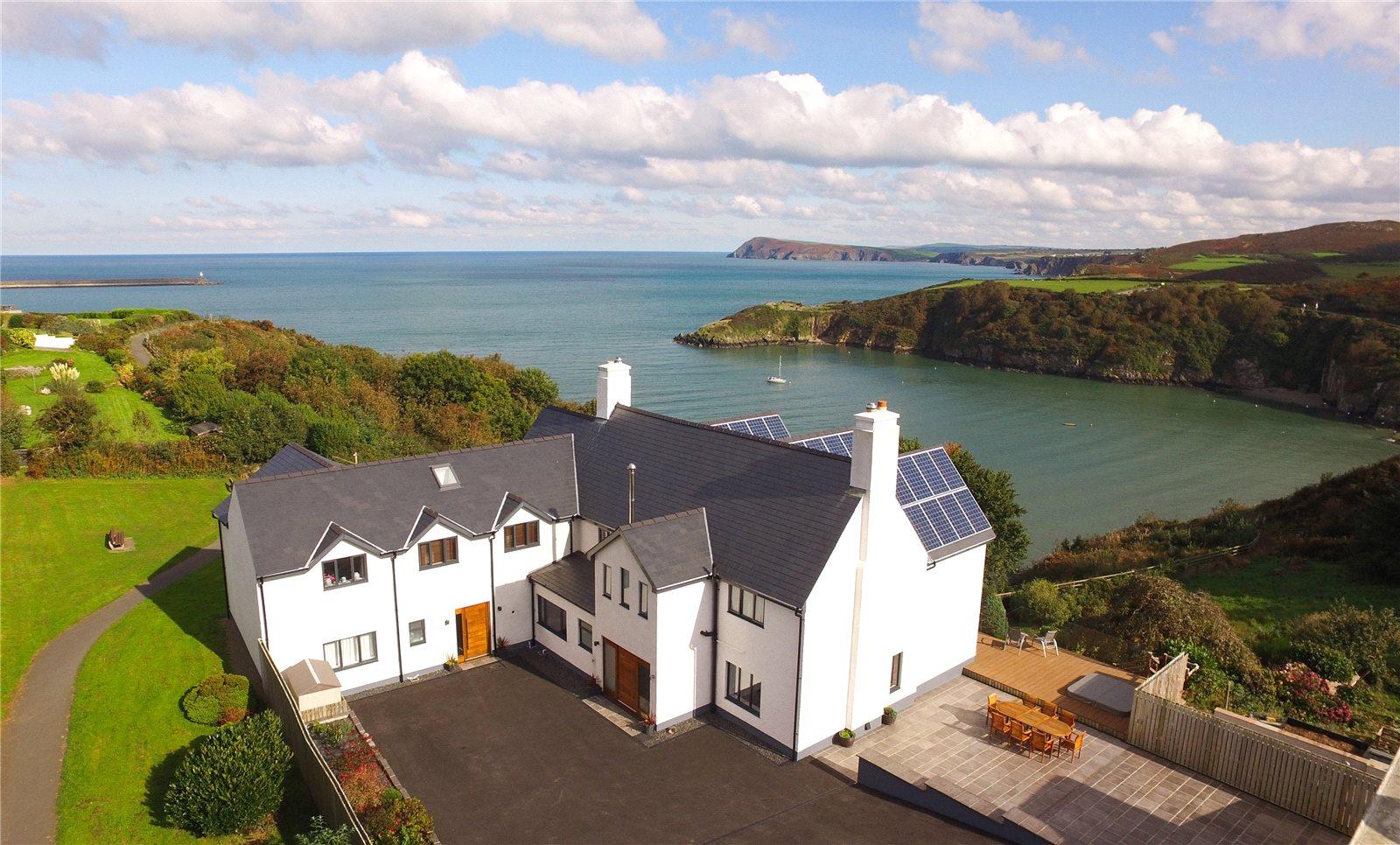 coastal homes property houses Zoopla for sale