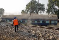 Kanpur india train derailment