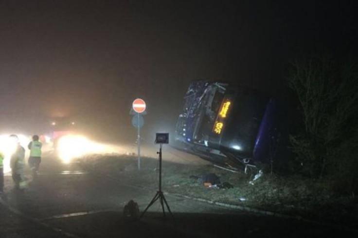 M40 coach crash