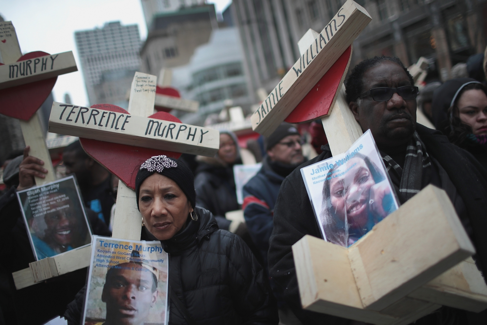 Chicago Police Investigate Off-Duty Officer's Fatal Shooting of Unarmed Man