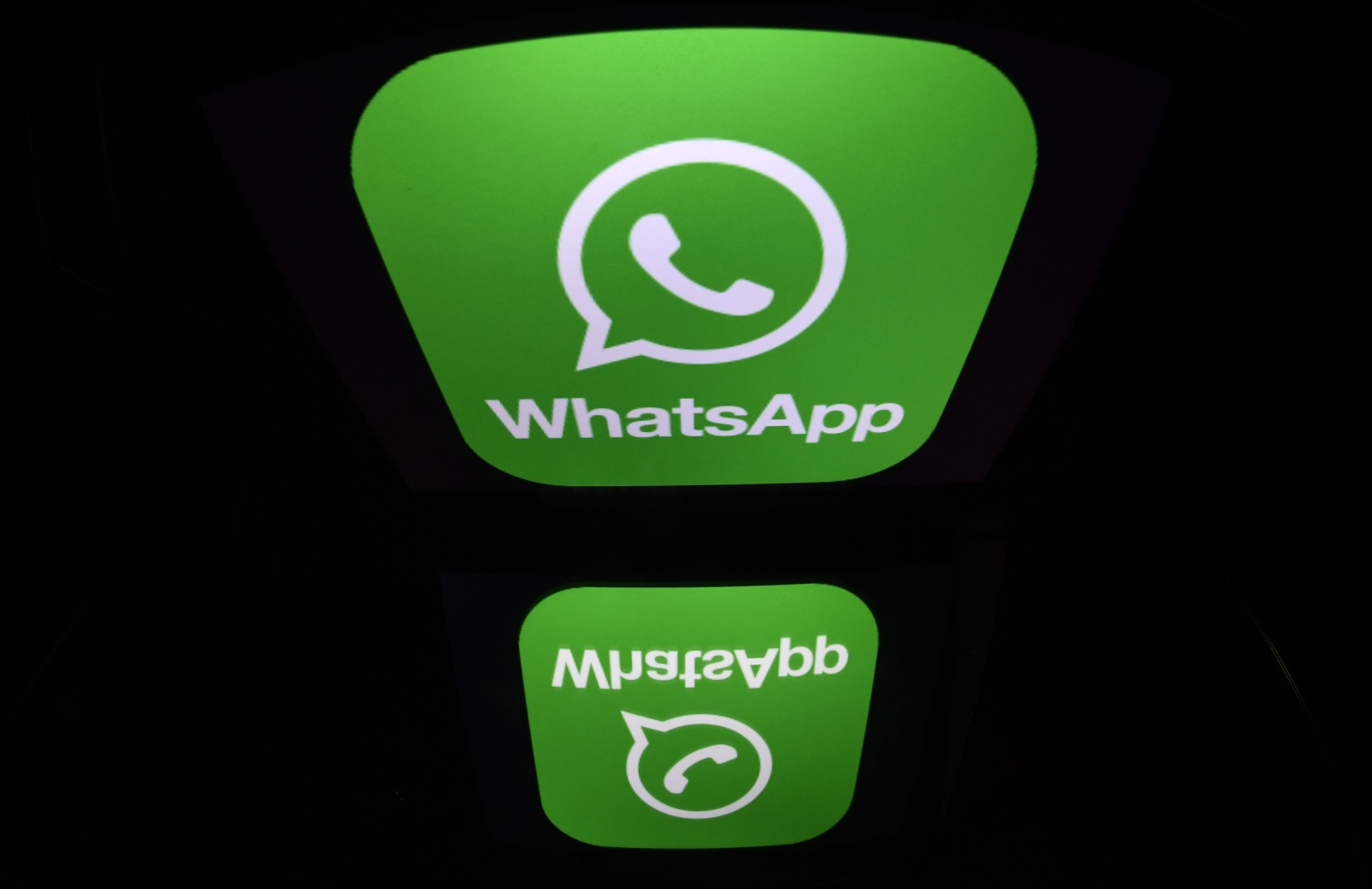 WhatsApp to stop working for older phones
