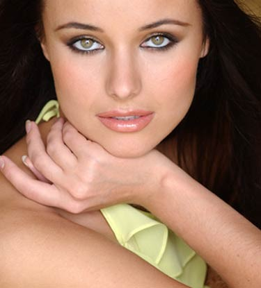 3.Miss Universe 2002