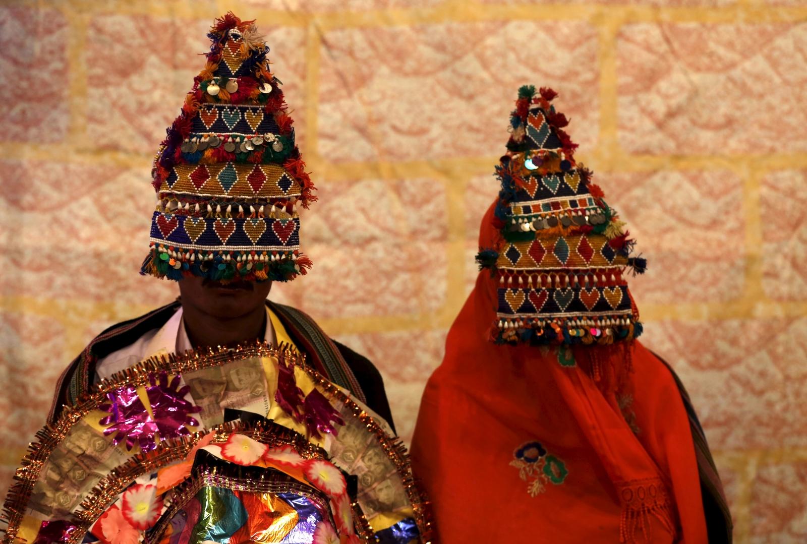 Pakistani Hindu couple