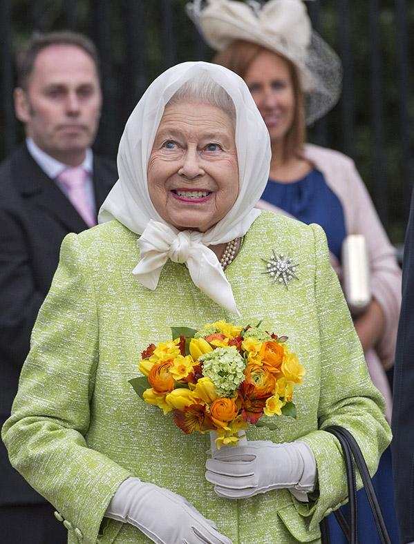 anniversaire queen elizabeth 2