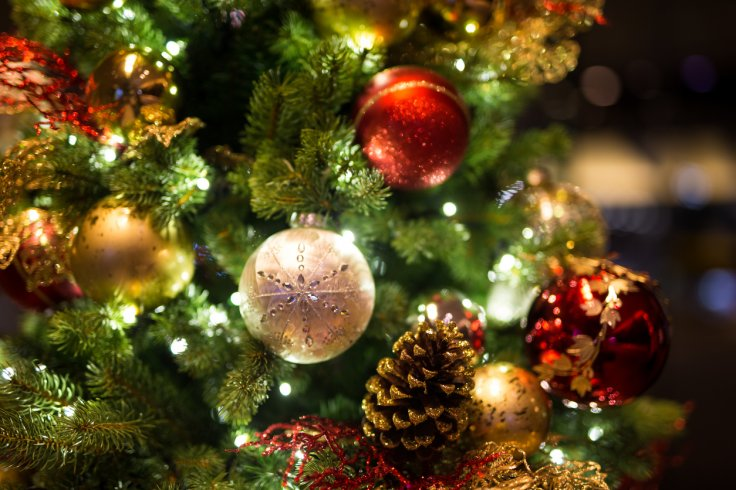 Christmas tree - The Curse Of Twelfth Night: What Happens If You Don't Take Your