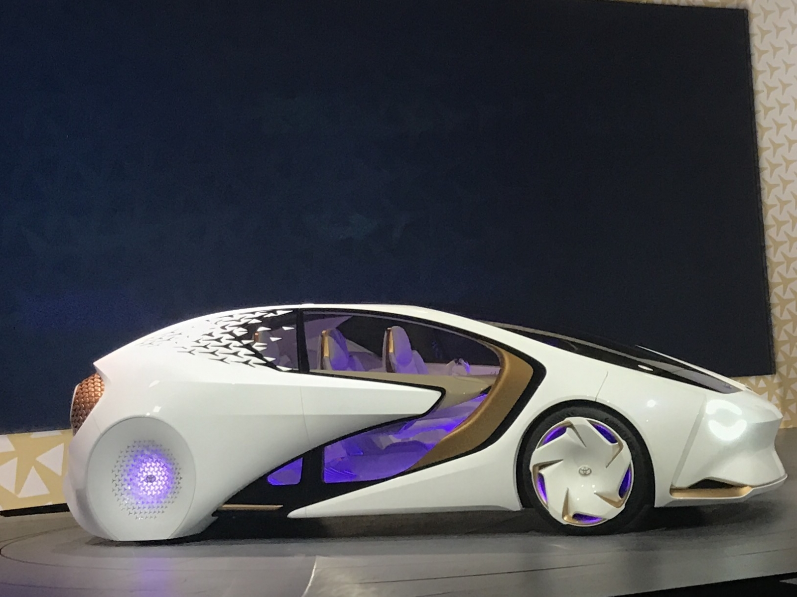 Toyota Concept I The Artificially Intelligent Car That