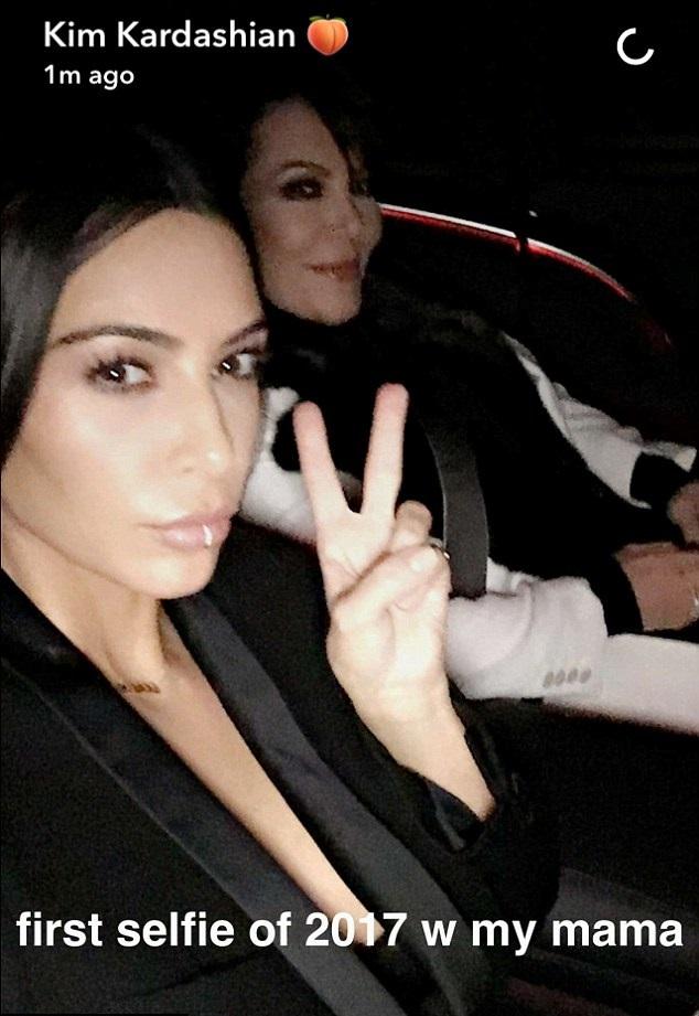 Kim Kardashian Shares the First Photo of Baby Chicago West Kim Kardashian Shares the First Photo of Baby Chicago West new images