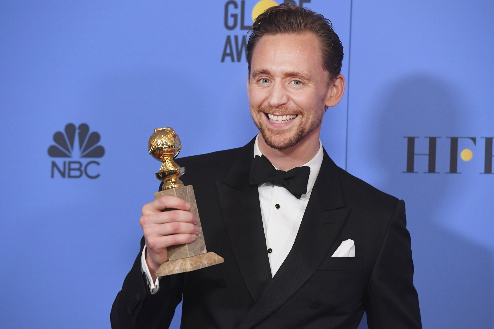 Tom Hiddleston at the Golden Globes 2017