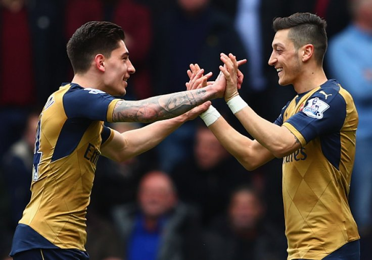 Hector Bellerin and Mesut Ozil