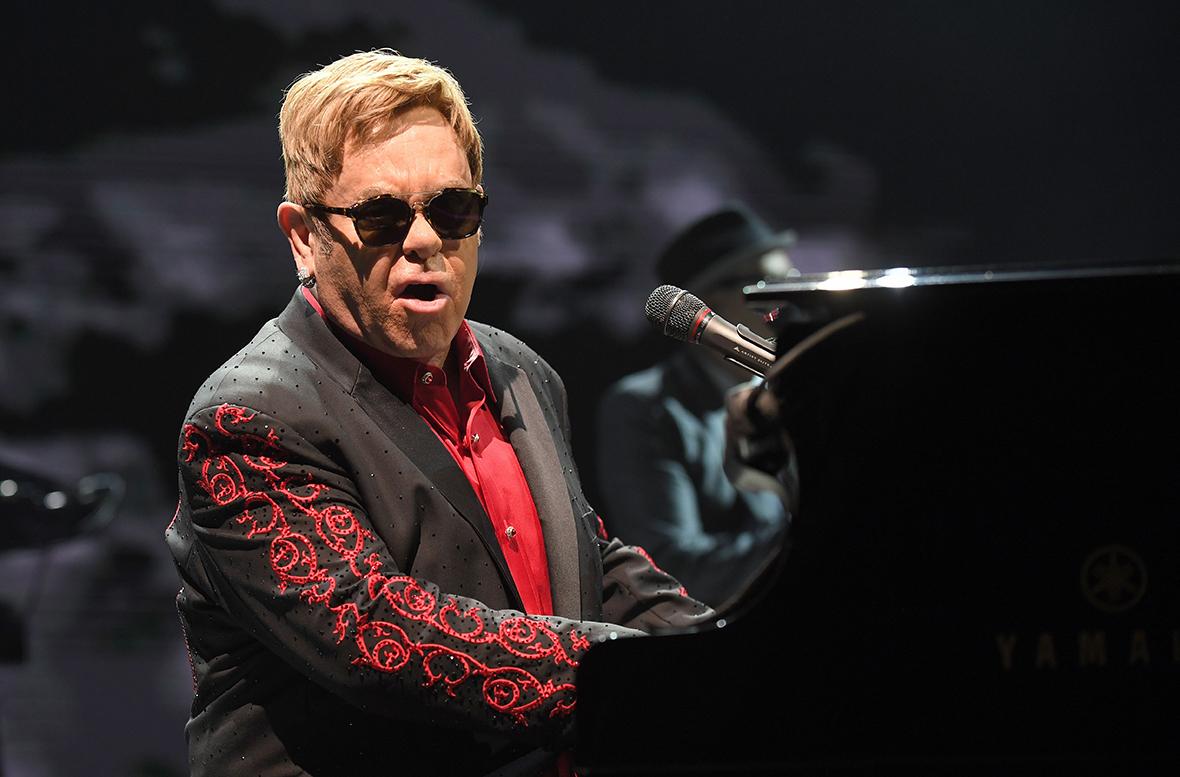 Elton John cancels Cae...