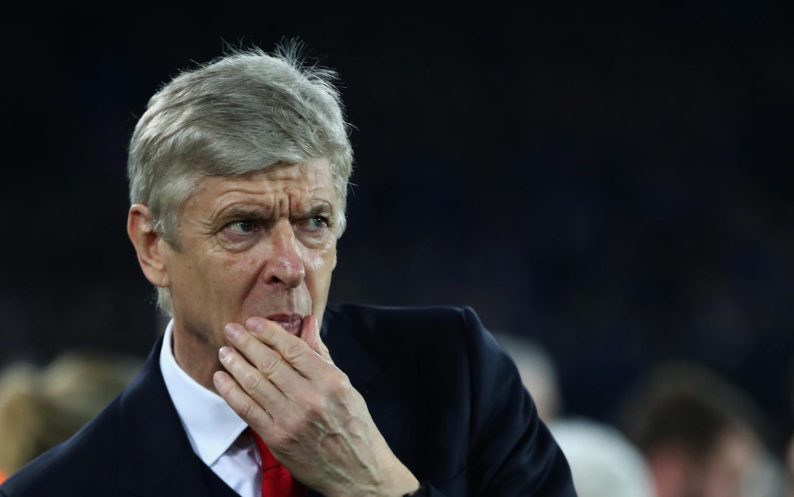 Iwobi dazzles as Arsenal run riot over Swansea City