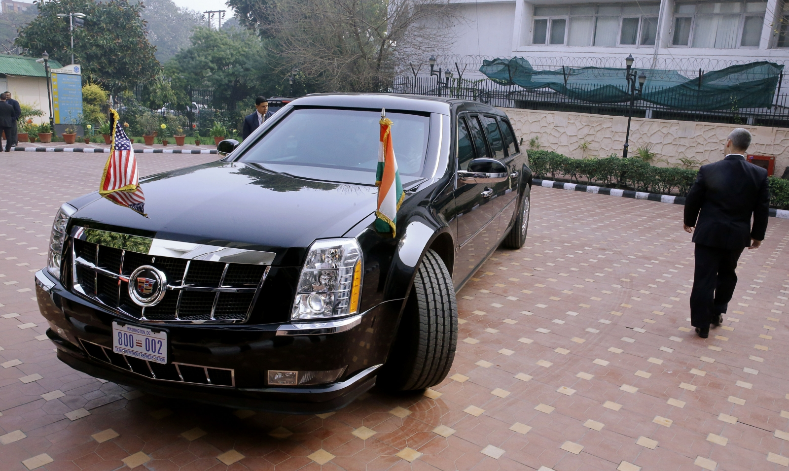 Obama's 'The Beast' turns around in India