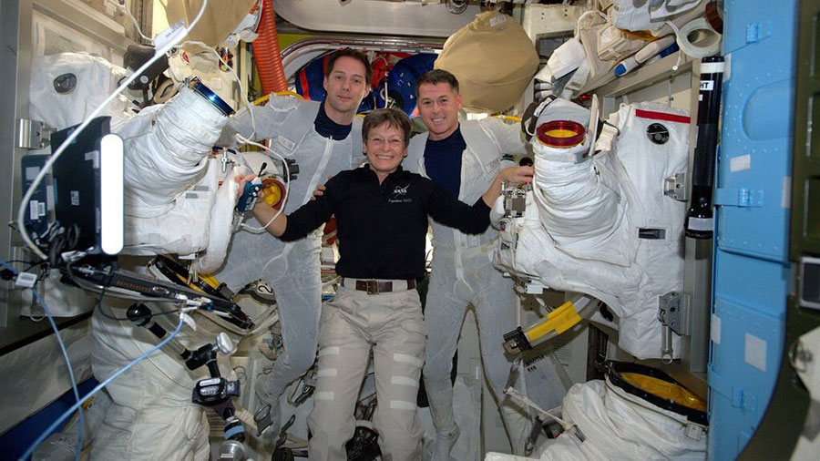 American and Frenchman to conduct spacewalk News