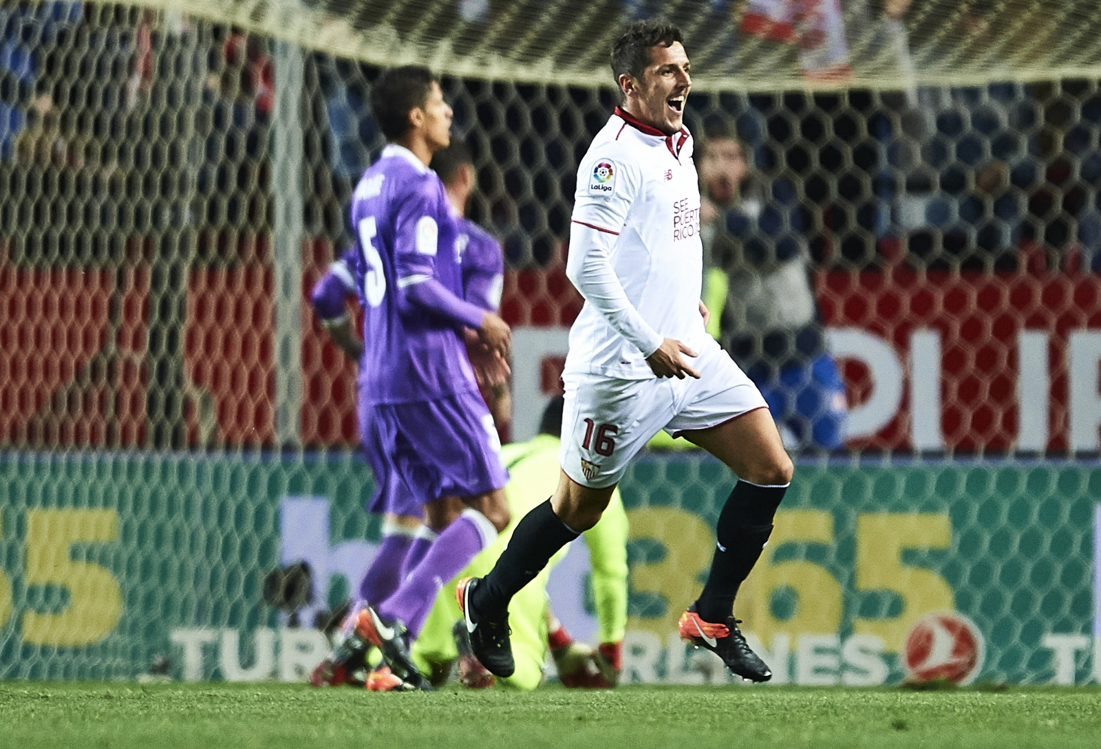 Match Reports: Sevilla FC 2-1 Real Madrid