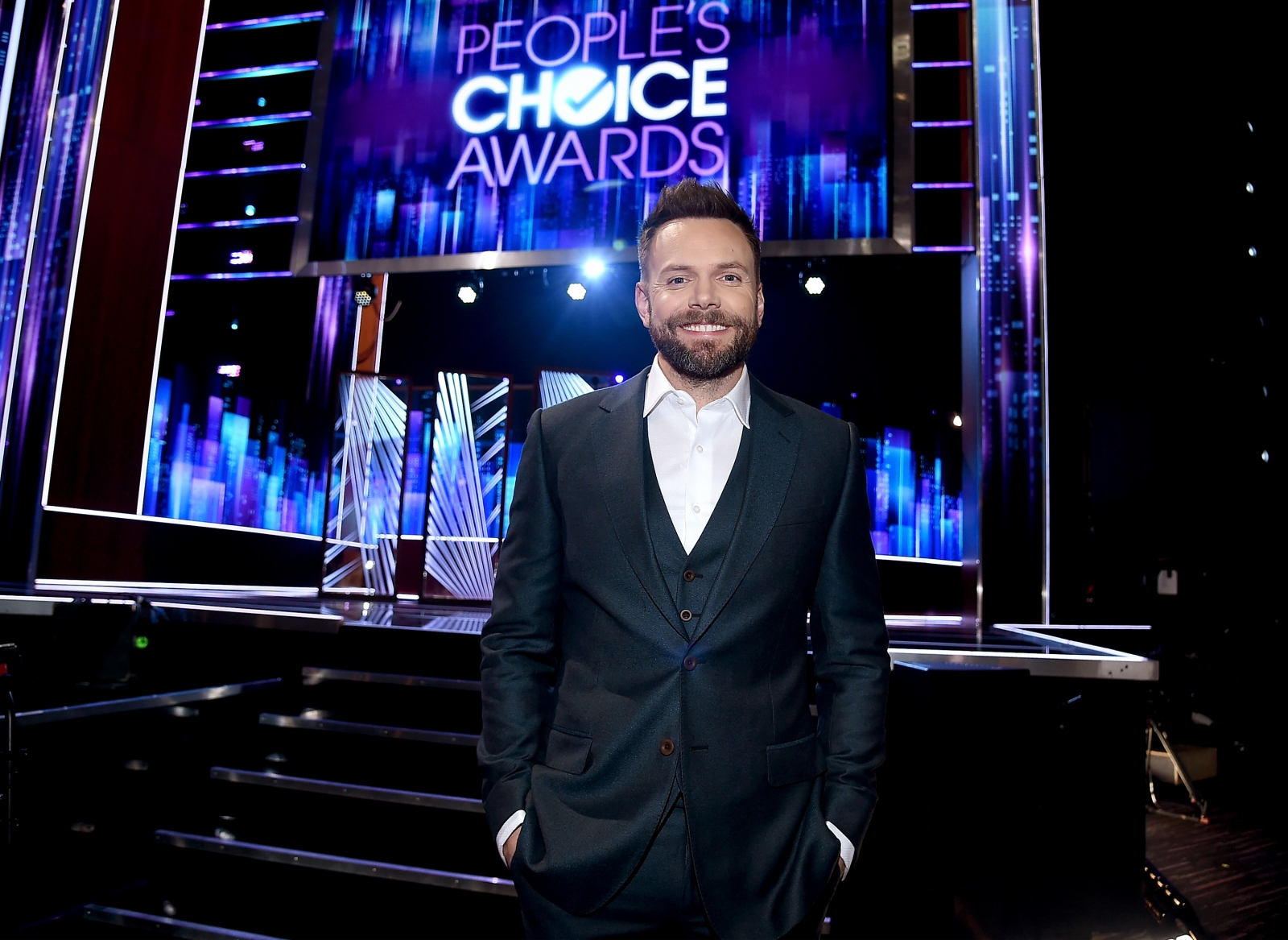 People's Choice Awards 2017 Red Carpet Fashion