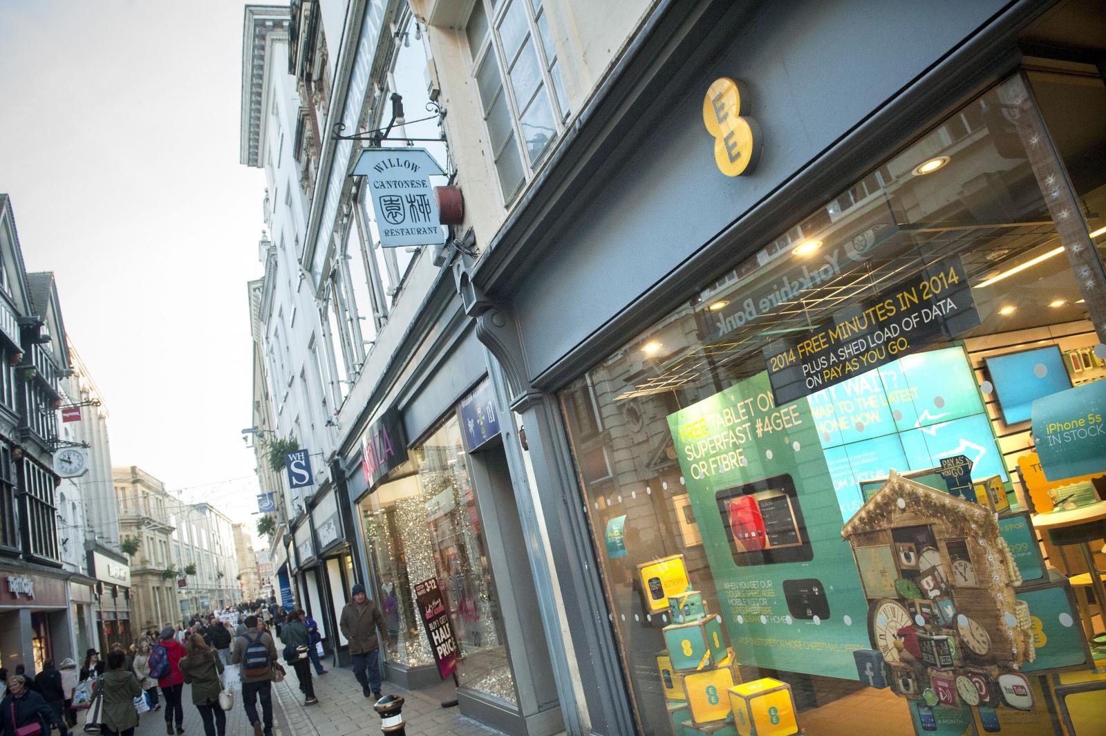 EE overcharges customers