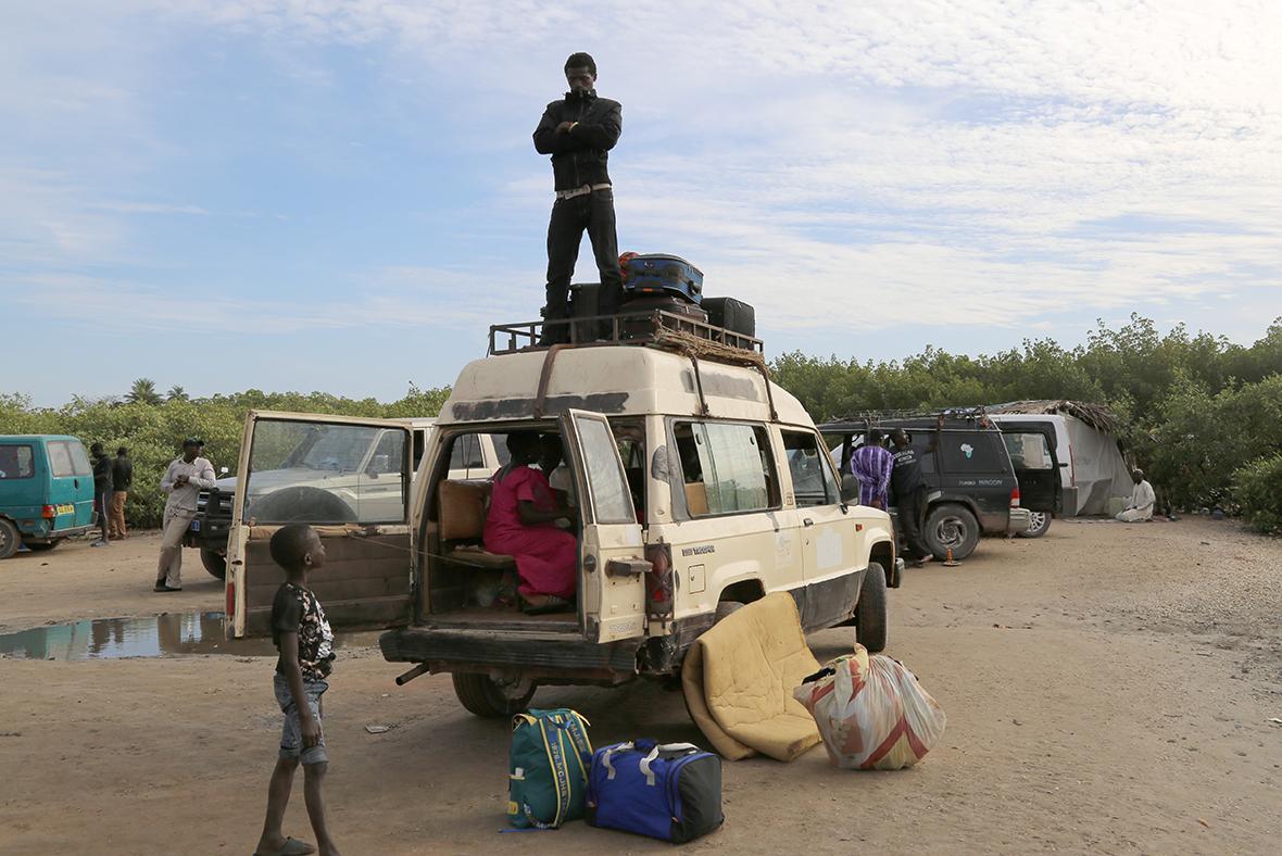 Gambians in Senegal