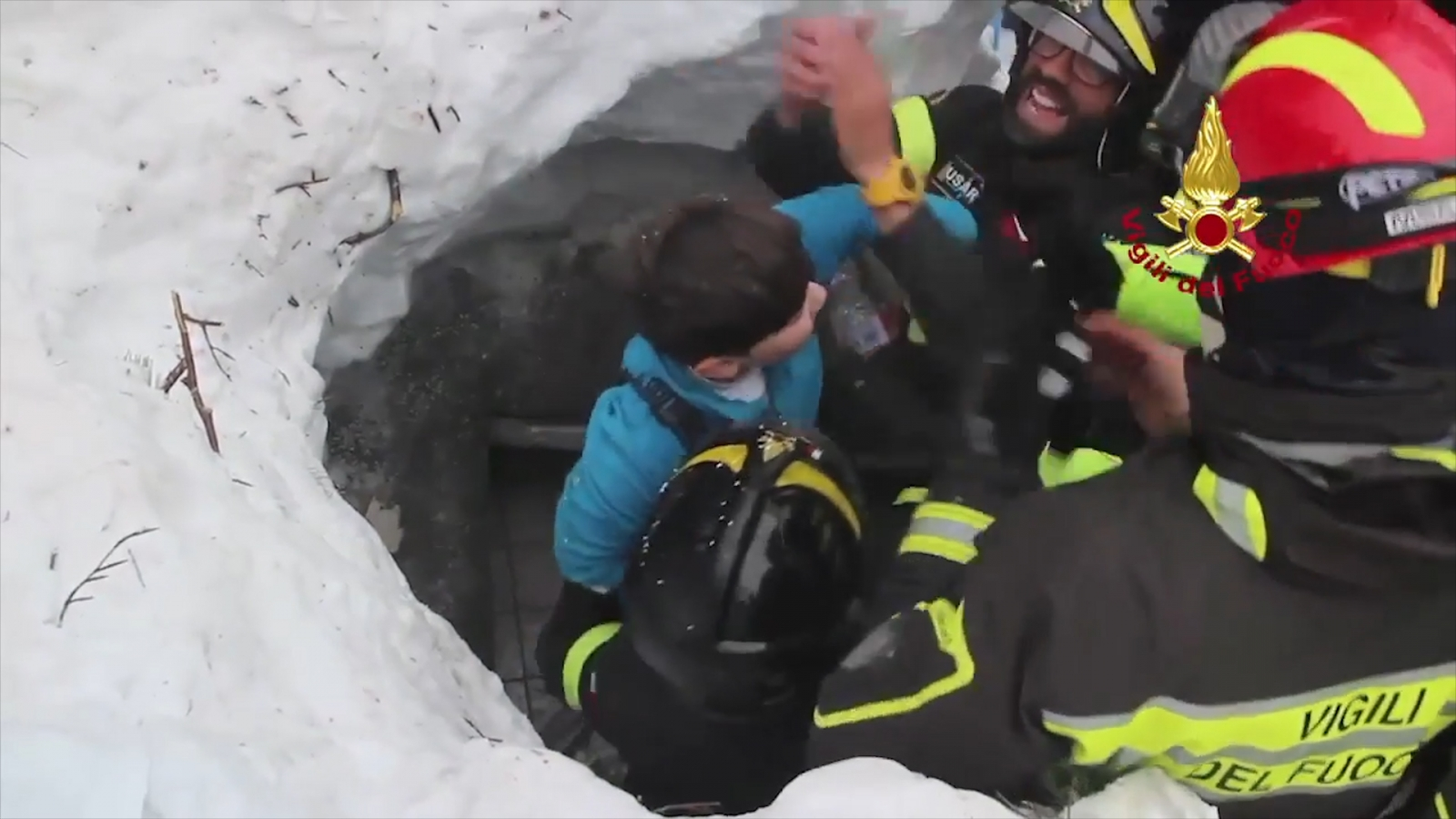 Survivors found in Italy avalanche as rescue operations continue