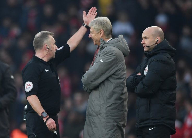 Arsene Wenger apologises for being sent to the stand
