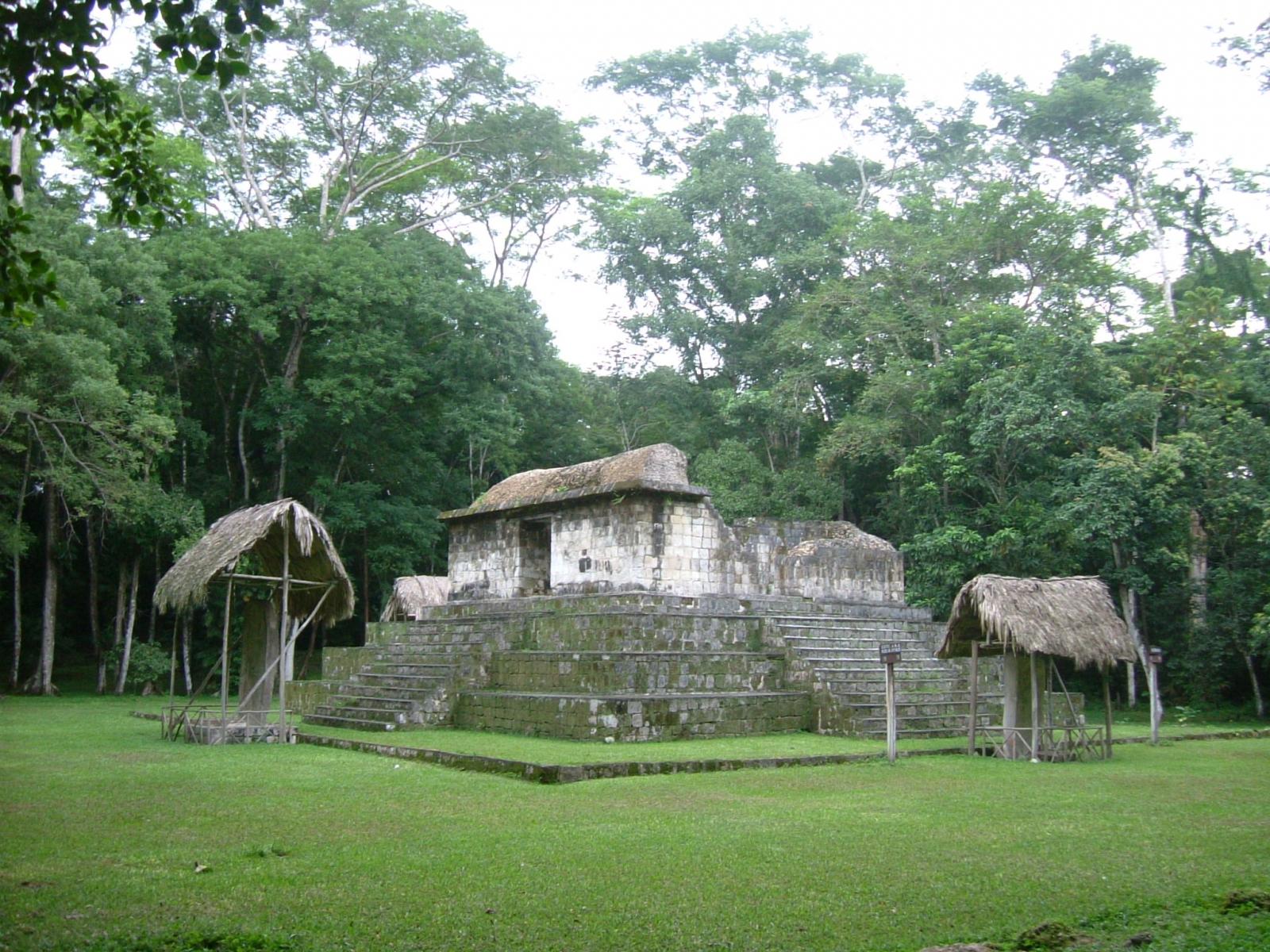 Ceibal Maya